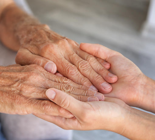 thérapeute psychocorporelle au service des personnes âgées à Grenoble